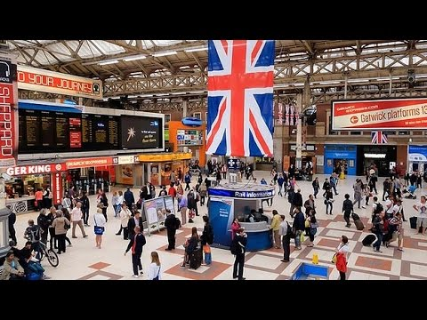 A Walk Through The London Victoria Station, London, England