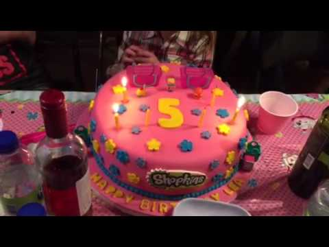 Lea's birthday cake at Di Bella