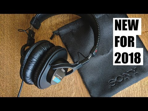 GENUINE SONY MDR-7506 // 2018 Model with NEW CLOTH BAG!!