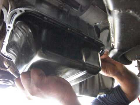 1996 Corolla Engine rebuild Lower oil pan installation
