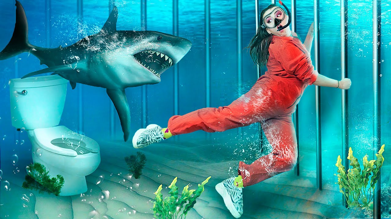 Escaping from the Underwater Prison / Funny and Awkward Moments
