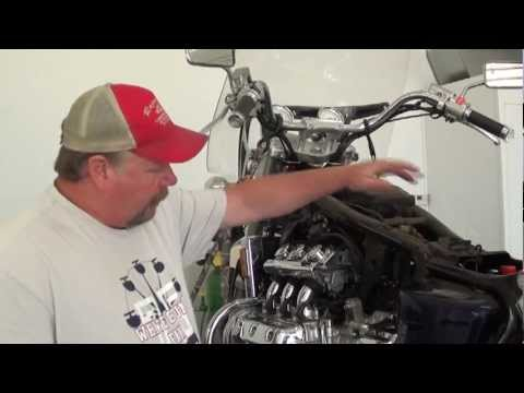 Pt.5 1998 Honda GL1500C Valkyrie Project - How To Remove The Carbs