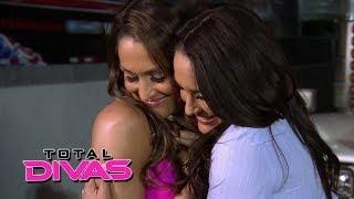 The Bella Twins make up: Total Divas, May 4, 2014