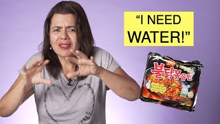 Mexican Moms Try The SPICY RAMEN CHALLENGE