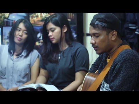 JALU TP - Bawakan Aku Bunga (Live at Endank Soekamti Office)