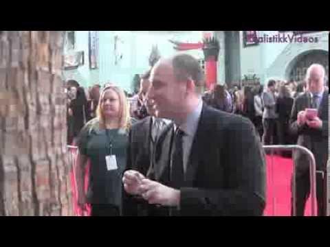Chris Evans,Kevin Feige & Sebastian Stan sign autographs @ Captian America Premiere