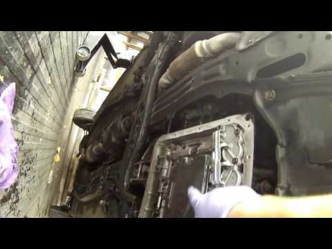 how to change the transmission oil on a toyota corolla/1990-2013