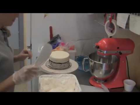 Ice Cream Cakes made with Cold Molds