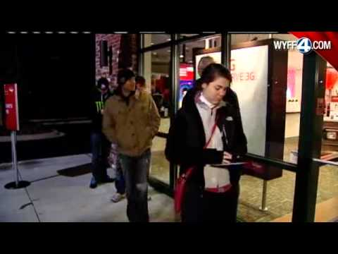 Lines At Verizon Wireless Stores For iPhone