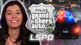Police Officer Plays As A Cop in Grand Theft Auto V • Professionals Play