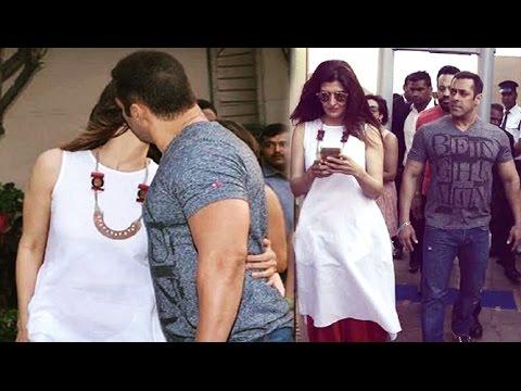 Xxx Mp4 Salman Khan Kissing Ex Girlfriend Sangeeta Bijlani In Public 3gp Sex