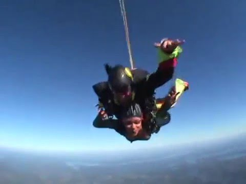 Shu's First Skydive!