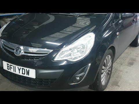 How To Replace Brake Light Bulb Vauxhall Corsa