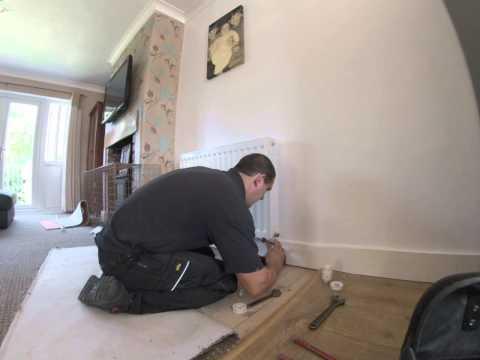 How to install radiator valves