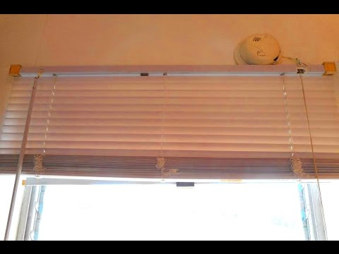 Clean a Levolor type blind - quick, no mess