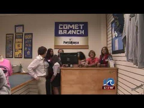 Norfolk high school students run credit union