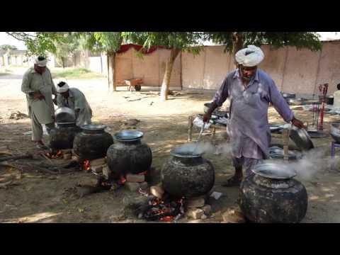 Village shadi wala korma