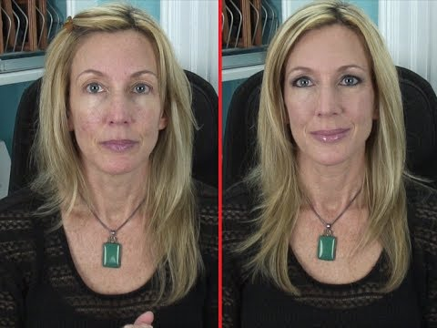 How To Apply Foundation to Dry, Flakey, Mature Skin