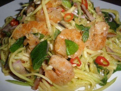 How to make Green Mango Salad (Neorm Svye Kchey)
