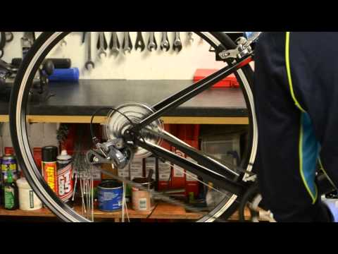 How to oil the chain on a road bike