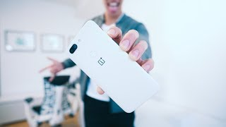 ONEPLUS 5T SANDSTONE WHITE - REVISITED REVIEW - 2 Months Later!