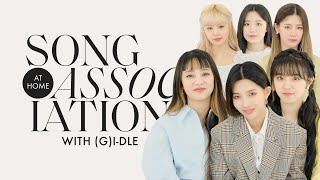 """(G)I-DLE Sings """"Oh my god,"""" TWICE, and Jackson Wang in a Game of Song Association 