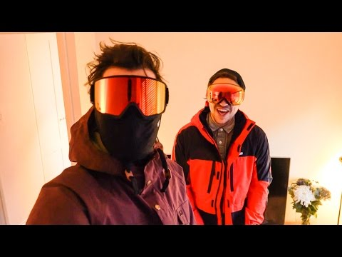 THE BEST SNOWBOARD GEAR!