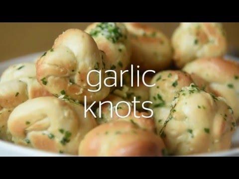 Easy Weekday Recipes | Garlic bread knots