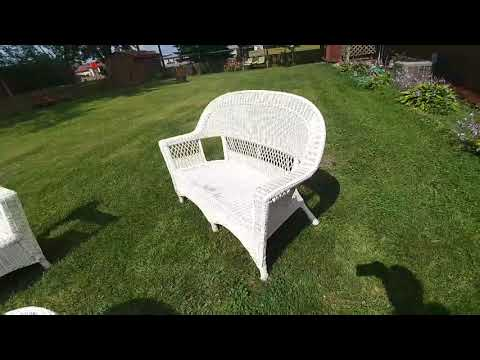 Project of the Day: Painting Wicker Furniture Day 1