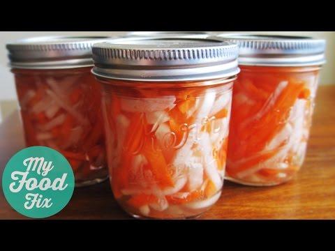 How to make Pickled Carrots and Daikon Radish (Đồ Chua)