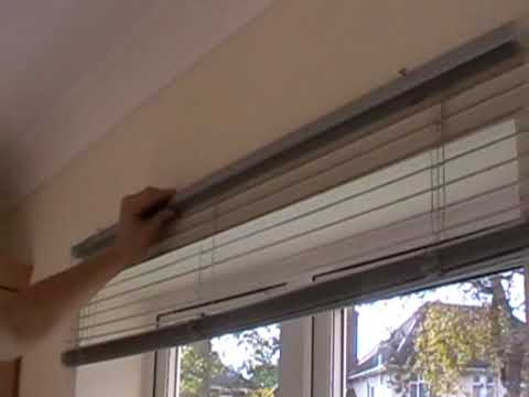 HOW TO FIT A METAL VENETIAN BLIND