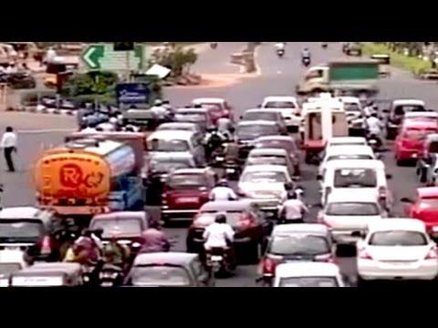 Chennai builders vs traffic police