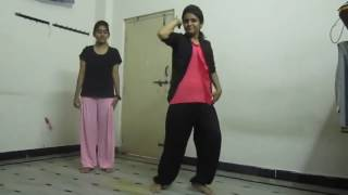 Desi school girl sexy hot dancing on bollywood songs mms