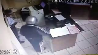 Dupla assalta lanchonete na Boa Vista em Botucatu