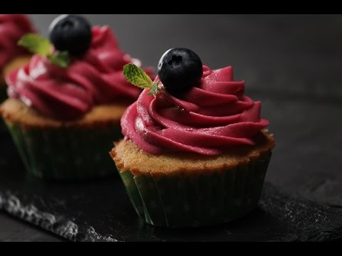 Orange Cupcakes With Red Wine Frosting | Sanjeev Kapoor Khazana