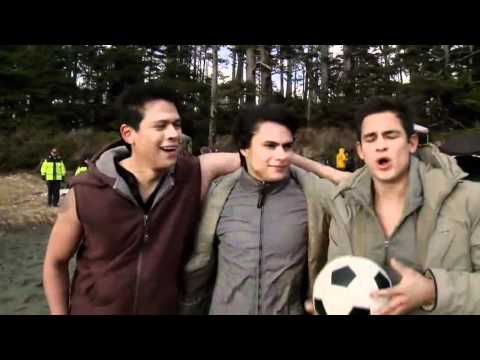 New Moon - The Wolf Pack Cast