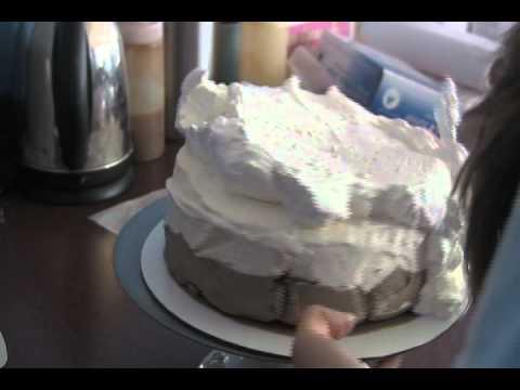 Story of a Cake Decorator at Baskin Robbins