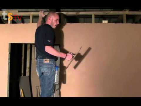 Tommy's Trade Secrets - How To Plaster A Plasterboard Wall Part 2