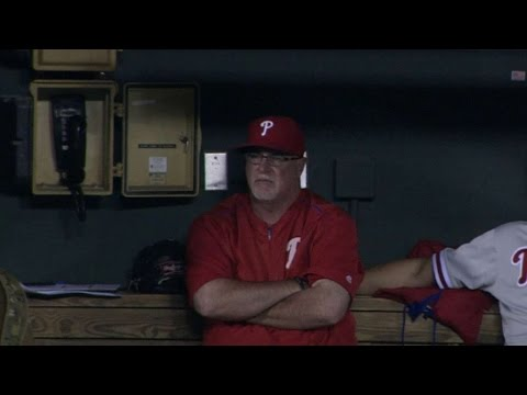 PHI@BAL: Phillies bullpen forgets to hang up phone