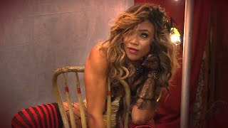 WWE Dark Carnival mit Alicia Fox