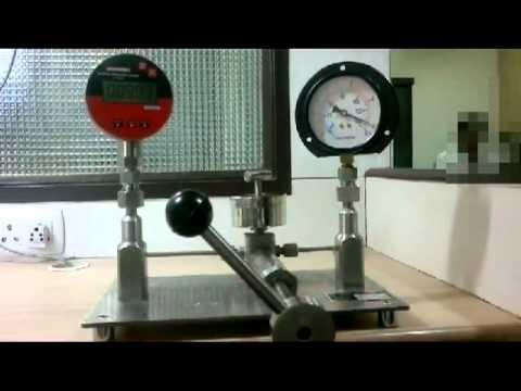 Pressure Gauge Calibration / Pressure Calibrator