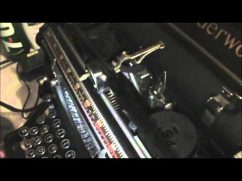 1930 Underwood No. 5 Manual Typewriter