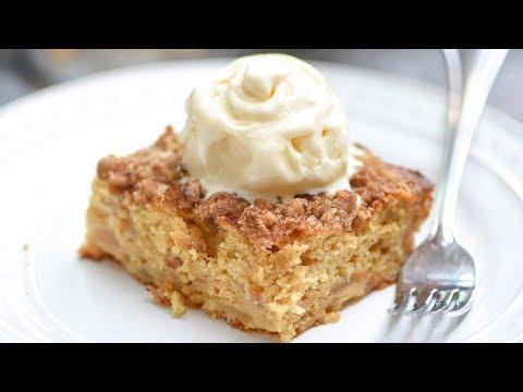 Easy Apple Crumble Cake