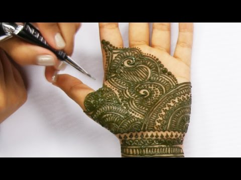 7 Hours Of Henna Tattoos In 90 Seconds