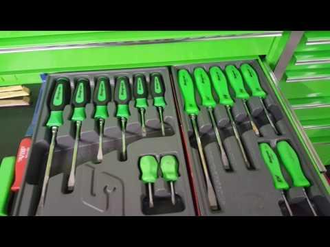 snap on  screwdriver   and kobalt 29.95  screwdriver