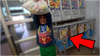 Download KIDS CLEAN OUT TOY MACHINE! Video