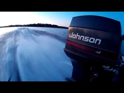 1974 Johnson 70hp Runs Great After Carburetor Cleaning
