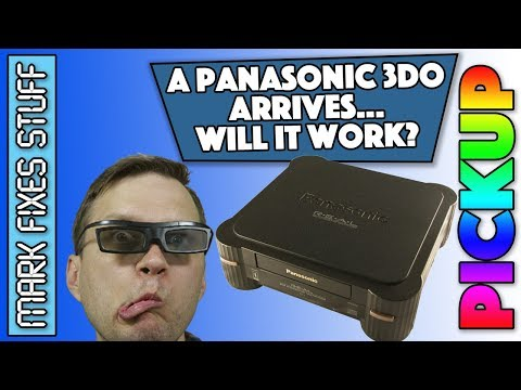 Unboxing and testing a Panasonic 3DO - Will it power on? 3DO REAL FZ-1