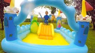 Download ch teau gonflable et piscine balles for Swan et neo piscine