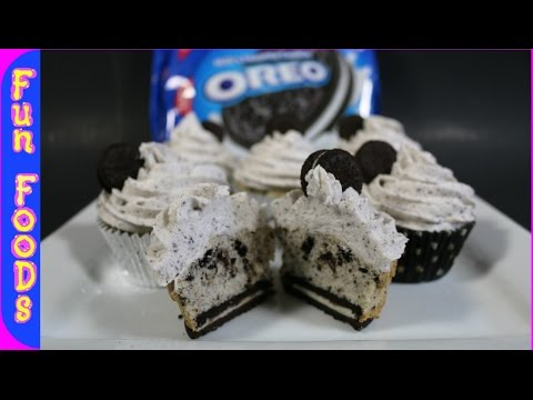 How to Make Oreo Cupcakes - Cookies and Cream Cupcakes
